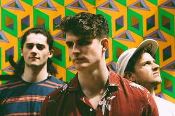 Cassia Shares Positive Summer Vibes With Sink